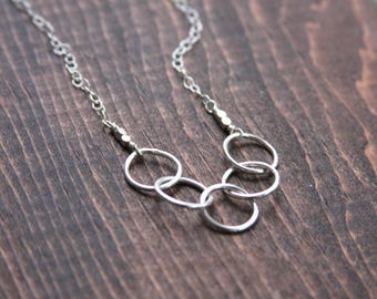 Interlocking circle necklace, 5 ring necklace, circle necklace, sterling silver circle necklace,interlocking ring necklace, everyday jewelry