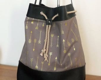 black leather and fabric purse/bucket shaped bag arrow taupe with Golden arrows
