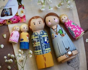 Mothers Day Gift, PERSONALIZED Family Peg Dolls, Family Portrait, Family Keepsake, Wedding Peg Dolls, Dog Peg Doll, Anniversary Gift, Family