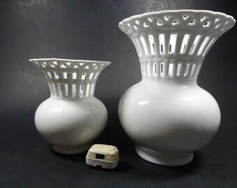 2 Porclelana white vases