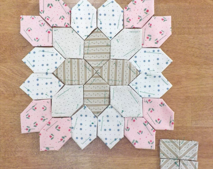Lucy Boston Patchwork of the Crosses summer cottage block kit #54