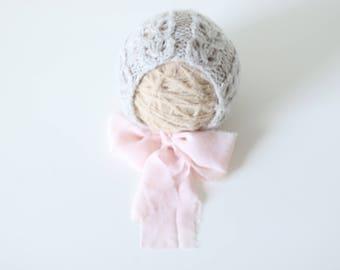 Newborn girl hat - Photo prop hat - Sitter props - Baby girl hat - Photo props - Girl hat - Photography prop - Newborn props - Light brown