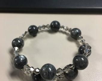 Labradorite beaded bracelet
