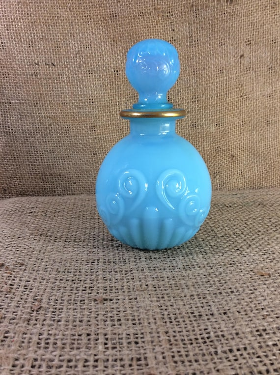 Avon Imperial Garden beautiful blue decanter, vintage Avon blue decor, Imperial Garden perfume decanter,
