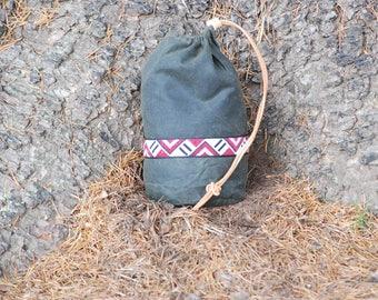 Bushcraft Round Ditty Bag Waxed Cotton