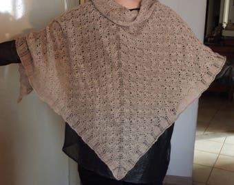Taupe shawl with lace, alpaca and silk, hand knitted