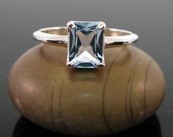 Ring Topaz, blue topaz ring size 3 4 5 6 7 8 9 10 11 12 13 sterling silver ring, December Birthstone Ring sky blue topaz ring 8x6 emerald