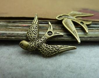 BULK 50 litter Bird Charms Antique Bronze Tone Swallow - WS7234