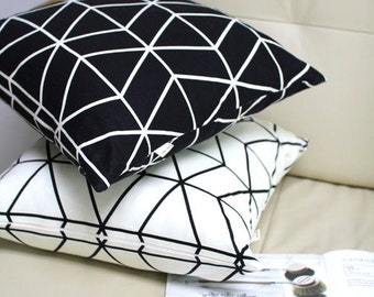 Modern Print Oxford Cotton Fabric Geometric - Black or Ivory - By the Yard 81765