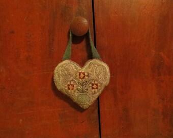 """Punch Needle Pattern - """"Sampler Flower Vase"""""""