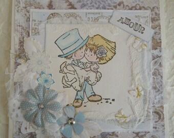 Carte félicitation de mariage avec un couple de personnages, tons bleus