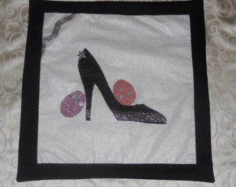 Easter Pillow Covers:  Happy Stiletto Easter