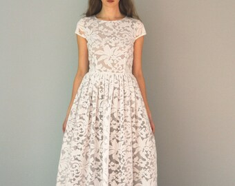 Maxi organza dress with grey lining