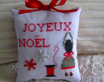 Cushion seamstress Christmas embroidered cross stitch