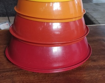 Vintage Tupperware Mixing Bowl set of 4 - Fall Colors - nesting