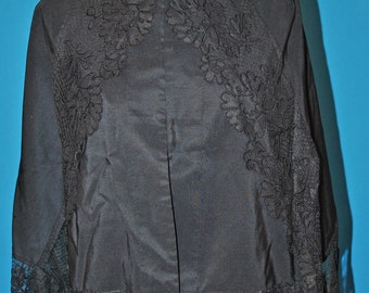Victorian 1880 Mourning WRAP CAPE With Lace Accents