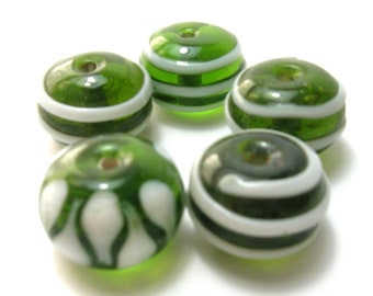 Kelly Green Large Lampwork Glass Beads (22mm)