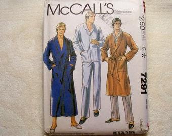 McCall's Pattern - 7291 - Men's Robe And Pajamas - Size Medium