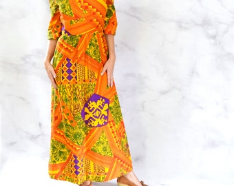 1970s Psychedelic Maxi Dress with Keyhole Neckline and Bell Sleeves Size Small - Medium