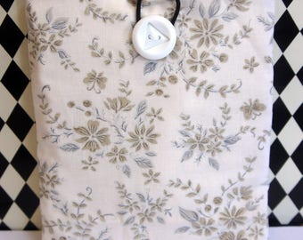 Kindle Cover Sleeve ~ Ivory, Tan & Soft Blue Floral
