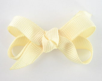 Baby Hair Bow in Ivory - Extra Small Boutique Bow On Mini Snap Clip for Fine Hair Newborn to Toddler - Ivory or Cream Non Slip Barrette mm