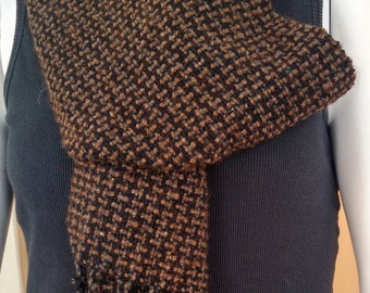 scarf woven brown, hand-woven scarf, brown black scarf, loomed scarf, winter scarf, brown black checks, gift for him OOAK, boyfriend gift