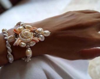 Pearl Wedding Bracelet, Shell Bracelet, Beach Wedding Bracelet, Macrame Bracelet , 1 Piece