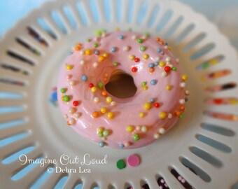Fake Donut Doughnut Glazed Pink Frosting Ball Sprinkles DECOR Fake Cake Kitchen Decor Display