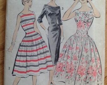 Vintage 50s Advance 8604 Sewing Pattern Women' Dress - size 12