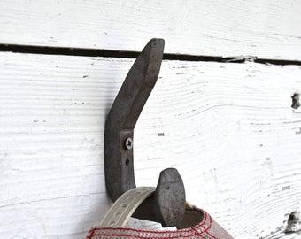Railroad Spike Hook, Double Hook, Rustic Wall Hooks, Rustic Coat Rack,Rustic Coat Hooks,Country Home Decor, Barn Decor,Shabby Chic Wall Hook