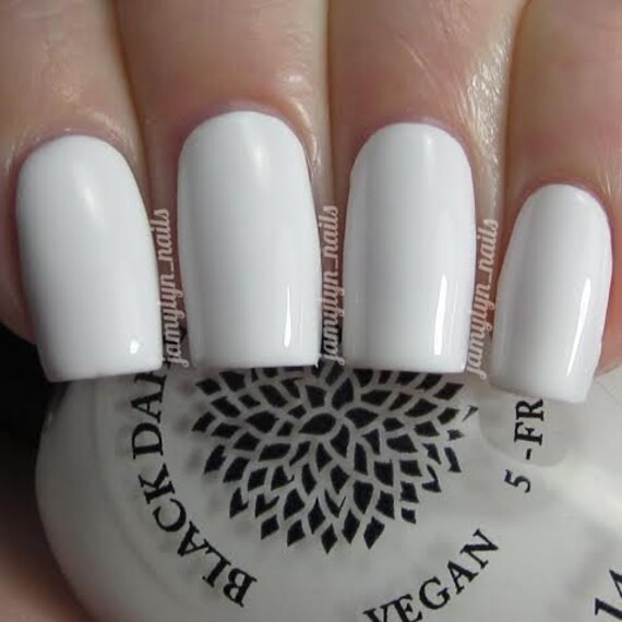 Blanc Creme vernis à ongles de Dahlia Noir laque Lys