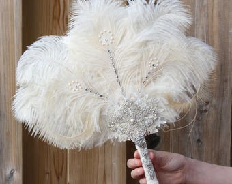 GATSBY Ostrich Feather Fan 20s Bridal brooch Bouquet 1920s Wedding Feather Bouquet White Gatsby Bouquet art deco wedding Roaring 20s Bouquet