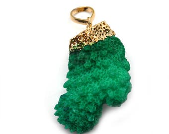Quirky Green Coral Pendant, 25x40mm Gold Electroplated Branch Druzy Gemstone Chain Pendant 1pc GemMartUSA (CO-50114)
