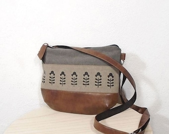 Waxed canvas crossbody purse, mini gray bag, small messenger bag, hobo bag vegan leather and canvas, gray canvas shoulder bag, beige bag