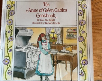 1988 the Anne of Green Gables Cookbook little paperback great recipes from the book