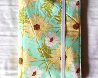 List Taker Organizer Coupon Holder Notepad Clutch - Minty Spring Floral