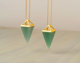 Green Aventurine Point Necklace Green Triangle Necklace silver Pyramid Pendant Quartz Crystal Layering Healing Crystal Yoga Pendant