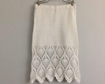 Vintage 90s White Crochet Pencil Skirt Pineapple Pattern Small
