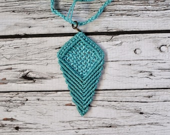 """""""Raster"""" Macrame necklace - Personalized, choose your color - Boho style"""