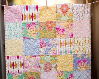 Baby Quilt, Modern Baby Quilt, Baby Bedding, Jennifer Pagnelli Nostalgia, Crib Quilt, Baby Girl Quilt, nursery bedding, modern baby blanket