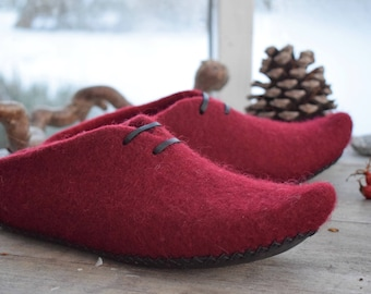 Felted slippers Red,boiled wool slippers,dutch clogs, elf slippers, hygge home shoes, wool clogs, felt slippers, valentines day gift for her