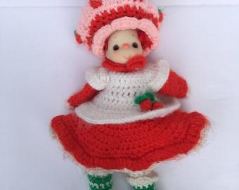 Vintage Strawberry Shortcake Doll, Crochet Knit 1980's Strawberry Shortcake, Vintage Toys