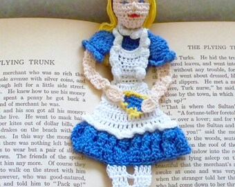 crochet pattern Alice in wonderland bookmark instructions, wall decor, amigurumi pattern, Alice bookmark diy, wonderland nursery decor,