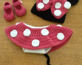 Crocheted Minnie Mouse Outfit