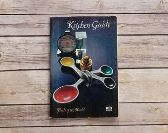 Basic Kitchen Prep Tips Beginner's Guide To Cooking Kitchen Guide Foods Of The World New Home Gift Housewarming Gift Kitchen Basic Guide