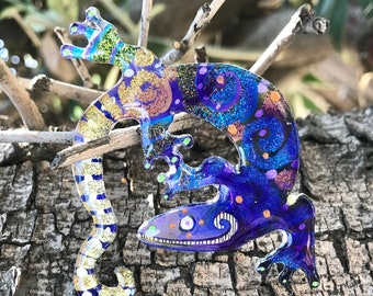 12 lizard 277 // lucite jewelry, acrylic painting, shawl pin, painted brooch, laser cut, pop art, lowbrow art, mini painting, gecko lizard