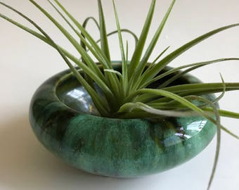 Vintage small pottery dish