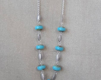 Necklace blue Bohemian beads silver ice