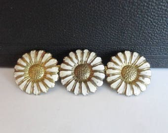 40s Daisy Flower Vintage Brooch // White Gold