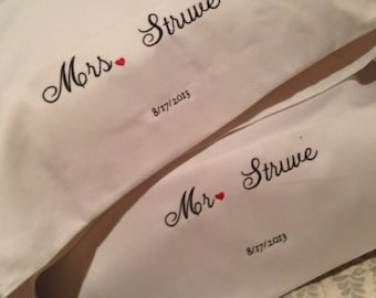 Mr and Mrs personalized pillow cases wedding gift set